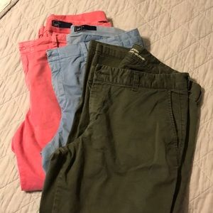 3 GAP girlfriend chinos